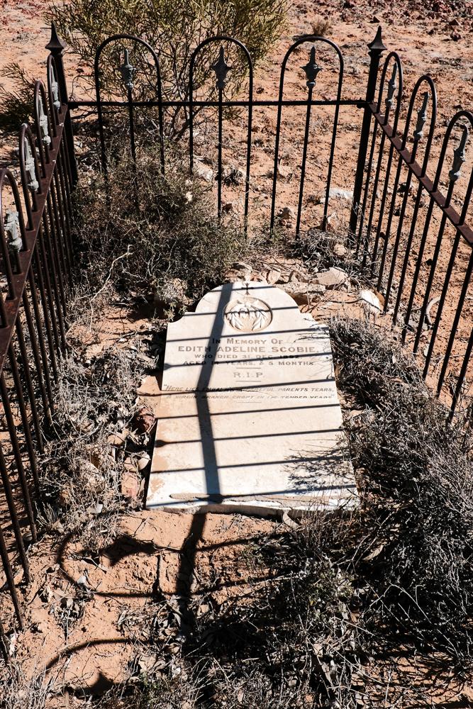 Edith's grave Mulka SA